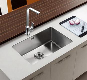 台下盆水槽安装