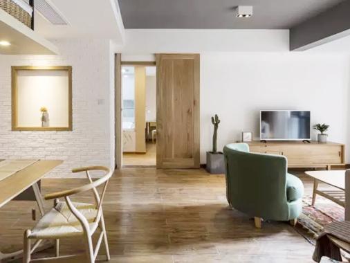 他花20W将104㎡三居改两居,中央岛台,开放式厨房,想要的都来了,颜值与实用并存!