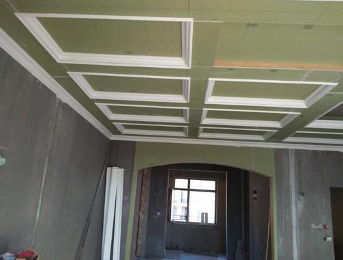 木工吊顶施工完美 监理完成验收