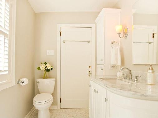 防水没做好,再好的装修也是浪费!墙体脱皮、发霉、鼓包;家具、地板腐烂潮湿,再住下去整个人都不好了。