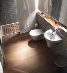 浴室铺防腐木,该怎么铺??