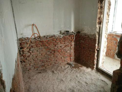 开工当天砸墙现场 主体拆改你不能错过的场景