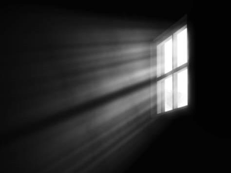 再小的屋子推开窗户也能照进一束光