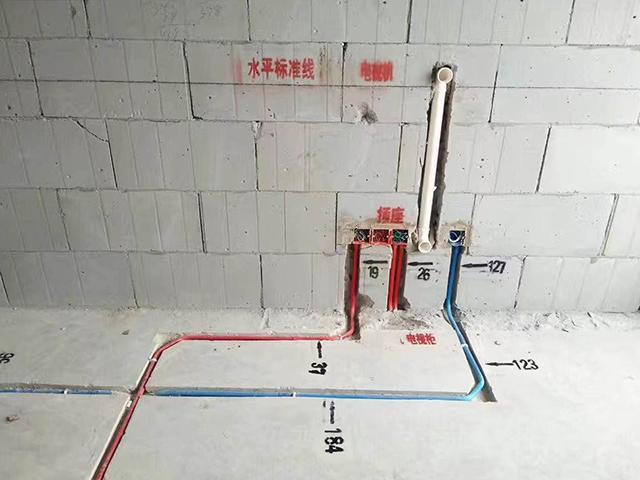 叶晓峰工长水电工地现场展示