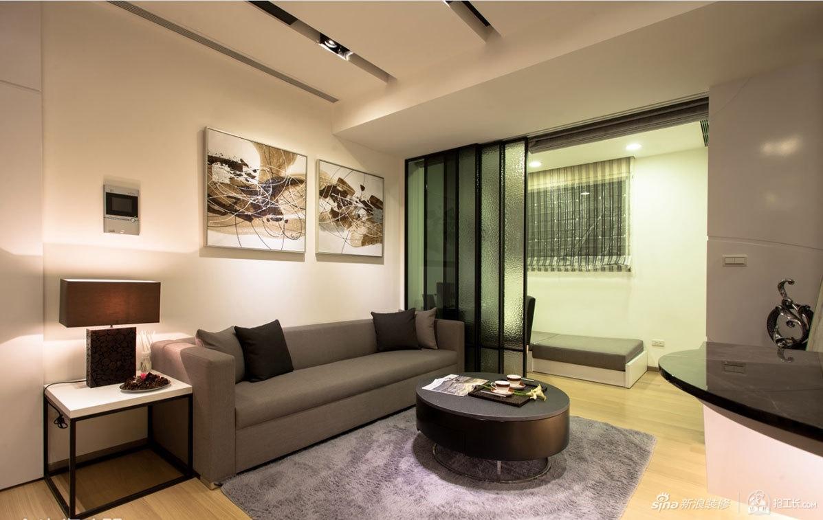 纳入自然光享受客厅温暖
