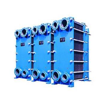 板式热交换器    板式热交换器是由冲压成形的凹凸不锈钢板组成.图片