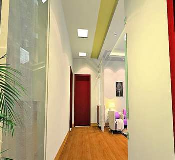 首页 专题荟 装修热点 房子进户门对卫生间       很多房屋的结构是