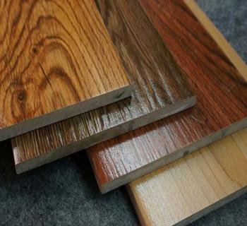 仿实木地板安装方法简单,一般采用悬浮式铺装方法.