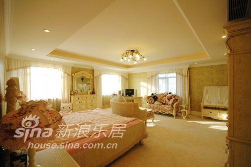 欧式 别墅 卧室图片来自用户2757317061在华丽的蝴蝶25的分享
