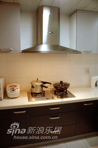 简约 二居 厨房图片来自用户2557979841在认真的生活 随心的装修94的分享