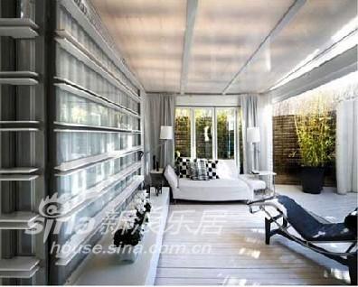 简约 二居 客厅图片来自用户2738093703在简约精致的西班牙黑白阁楼设计98的分享