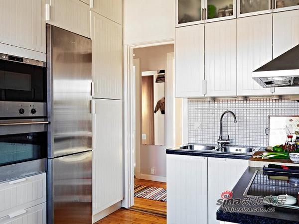 简约 二居 厨房图片来自用户2737782783在69平米的白木森林简洁公寓82的分享