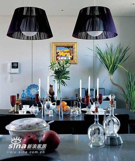 简约 四居 餐厅图片来自用户2557010253在神秘紫色营造浪漫居室52的分享