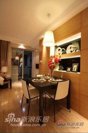 简约 二居 餐厅图片来自用户2737735823在98平米靓丽优雅气质的简约乐活家95的分享