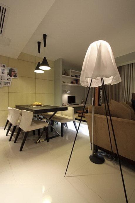 简约 二居 餐厅图片来自用户2738829145在80后10万装时尚简约开间两居88的分享