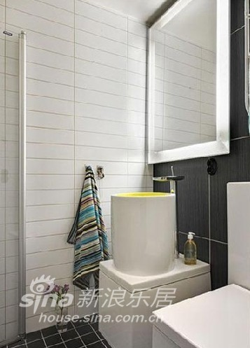 其他 一居 客厅图片来自用户2558746857在红黑白的时尚经典搭配10的分享