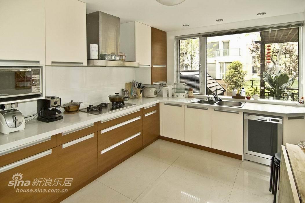 简约 别墅 客厅图片来自用户2737759857在万科燕南苑26的分享