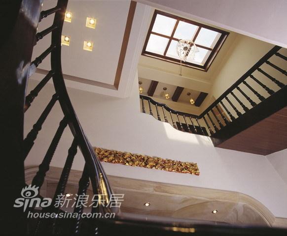 中式 别墅 楼梯图片来自用户2757926655在环湖庄园50的分享