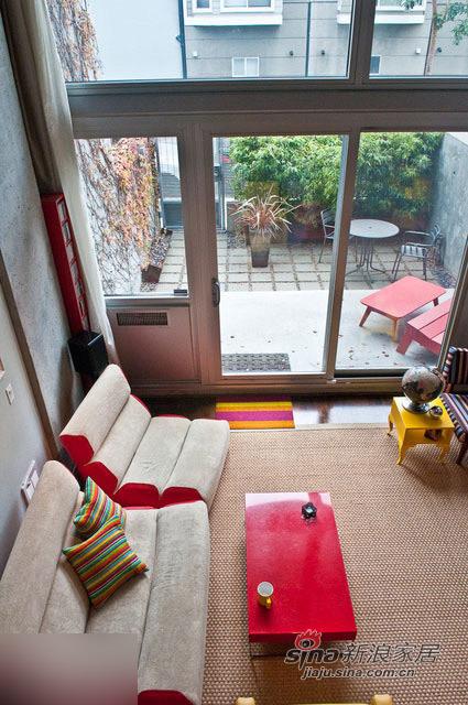 简约 一居 客厅图片来自用户2737782783在靓丽色彩打造65平时尚艺术宜居160的分享