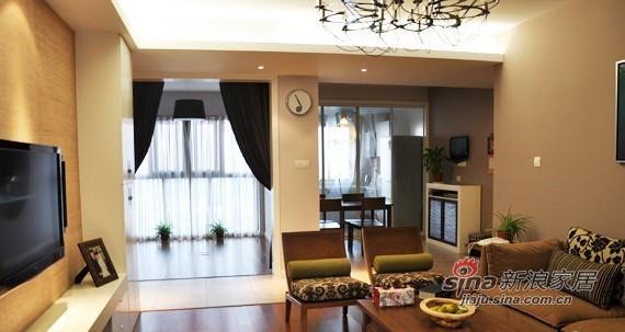 简约 二居 客厅图片来自用户2556216825在新婚夫妇的简约混搭110平3房2厅61的分享