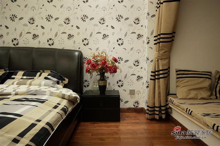简约 三居 卧室图片来自用户2737786973在11万6打造龙湖·香醍溪岸-黑白色调简约三居94的分享