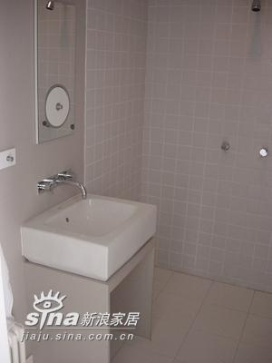 简约 跃层 卫生间图片来自用户2557979841在嘉铭桐城71的分享