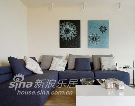 简约 复式 客厅图片来自用户2738813661在艺术气质的家43的分享