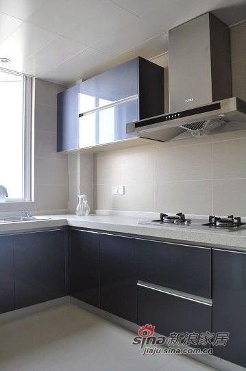 简约 三居 厨房图片来自用户2737735823在网友晒8万装清新素静的小家95的分享