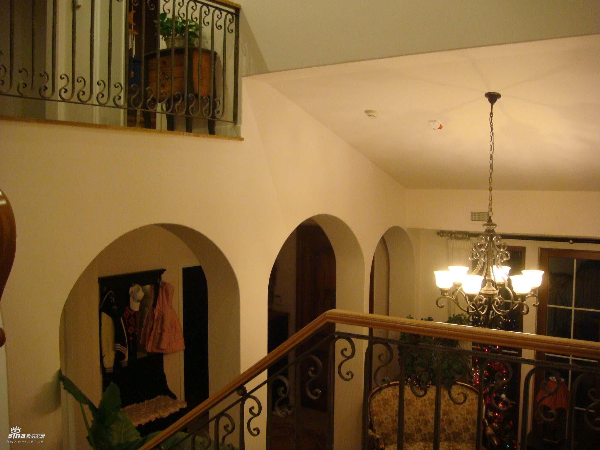 欧式 三居 楼梯图片来自用户2745758987在轻舟总设计部30的分享