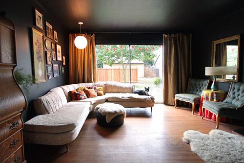 客厅 沙发 地板 灯 家居 美式 高富帅图片来自用户2772840321在10个美式乡村风格客厅 像小资一样生活吧的分享