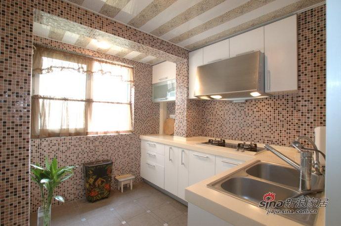 简约 三居 厨房图片来自用户2738845145在10万打造时尚温馨123平米婚房76的分享