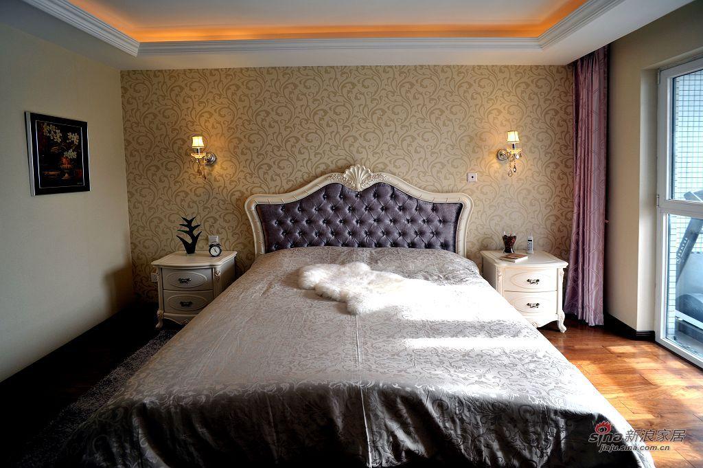新古典 三居 卧室图片来自用户1907701233在198㎡北京华侨城新古典三居实景效果69的分享