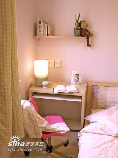 简约 一居 卧室图片来自用户2738813661在小户型的装饰66的分享