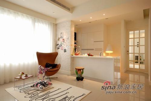 简约 一居 客厅图片来自用户2737786973在单身工作狂的小居11的分享