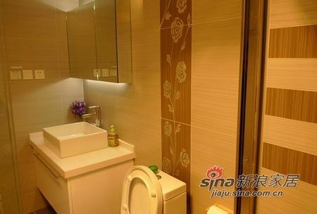 简约 三居 客厅图片来自用户2737759857在80后时尚简约婚房86的分享