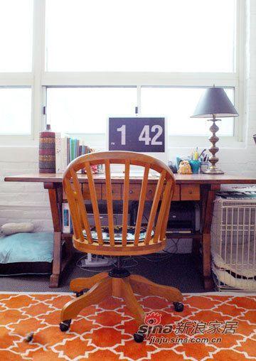 混搭 二居 卧室图片来自用户1907689327在晒70平闷骚文艺青年的小蜗63的分享