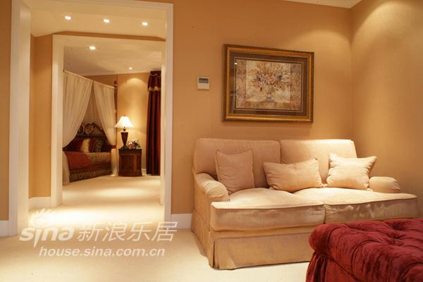 欧式 别墅 客厅图片来自用户2746953981在西山美庐别墅83的分享