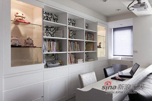 简约 三居 书房图片来自用户2738813661在老房翻新实景图150平时尚爱家21的分享