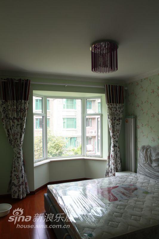 欧式 复式 卧室图片来自用户2746869241在星岛假日复式71的分享