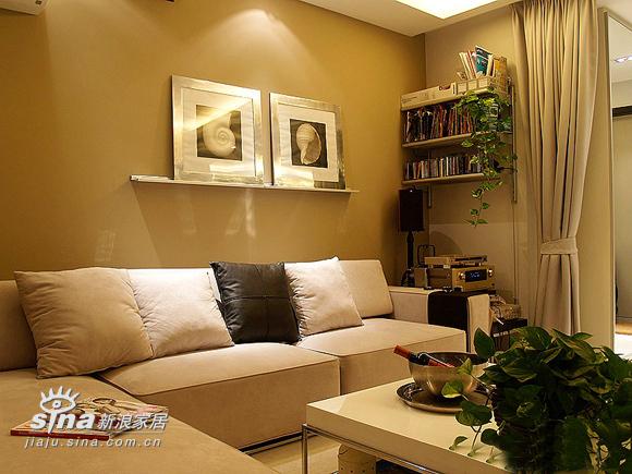 简约 二居 客厅图片来自用户2556216825在22万装77平精彩简约2居 附实景图和装修清单(1)70的分享