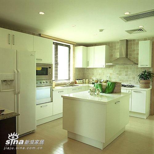 欧式 三居 厨房图片来自用户2746869241在至美欧式装修图片22的分享