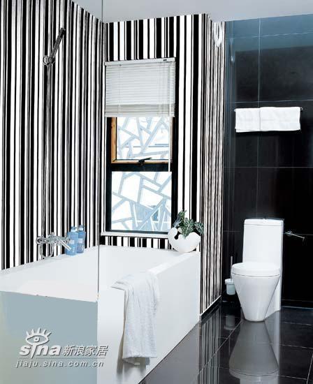 简约 三居 卫生间图片来自用户2739081033在黑白-时尚风潮之永恒主题 引人注目79的分享