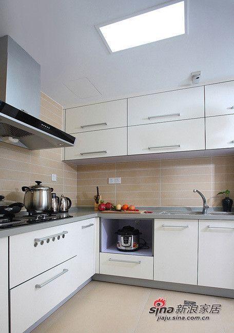 简约 三居 厨房图片来自用户2556216825在5.9万打造108平现代风格时尚简约三居49的分享