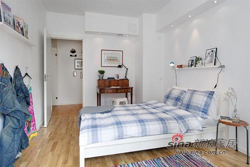 简约 一居 卧室图片来自用户2737759857在白领女4万巧装49平1居一体式单身公寓70的分享