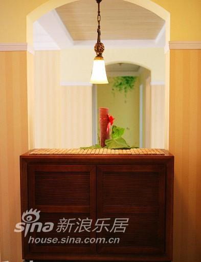 简约 三居 客厅图片来自用户2738829145在25万装140平米简约欧式家63的分享