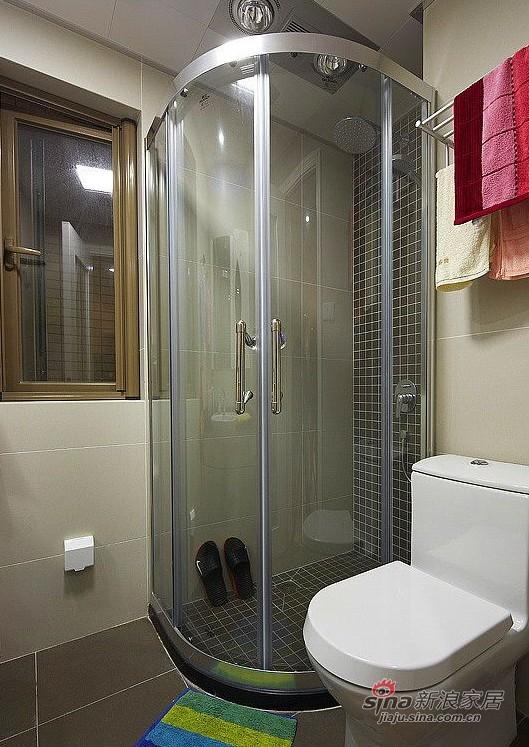 简约 三居 卫生间图片来自用户2737759857在127㎡时尚三居室实景图86的分享