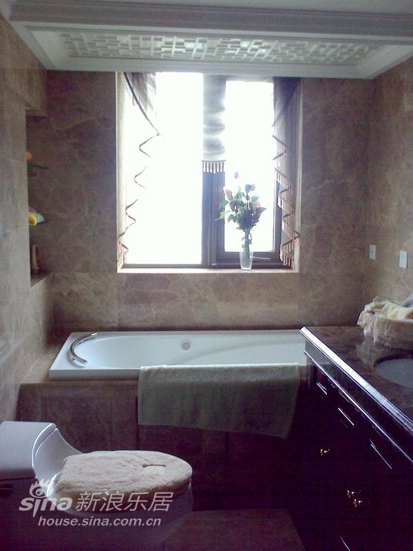 欧式 三居 卫生间图片来自用户2746953981在实景:浅粉的童话空间设计71的分享