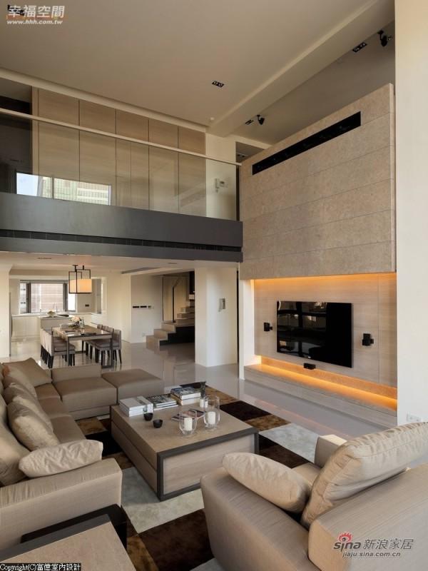 窗纱的光线调节中,营造温润的空间