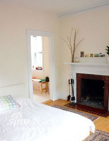 欧式 一居 客厅图片来自用户2557013183在55平可爱感一室户 洋溢少女气息91的分享