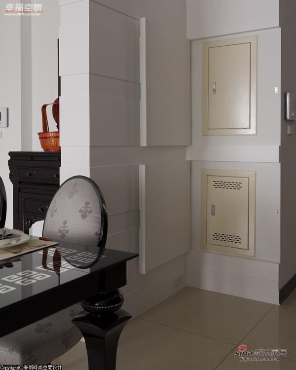 分户墙上的开关箱,运用隐藏门片就可修饰